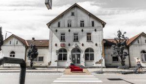 Chaiselongue__gefunden Bahnhof